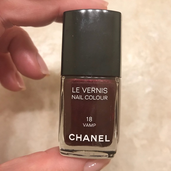 CHANEL Other | Fingernail Polish Vamp 18 | Poshmark
